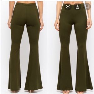 Ladies soft knit Forever 21 flares